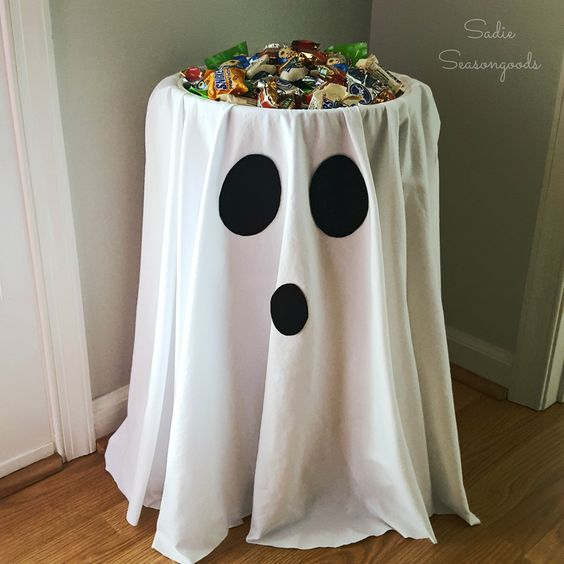 halloween party decortions